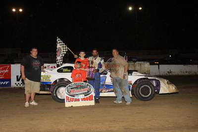 Winner of the Scott Wernle Memorial Exteme Sporstman - Brian Bielong